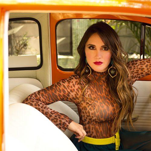 Dulce María anuncia sua primeira gravidez e novidades na carreira