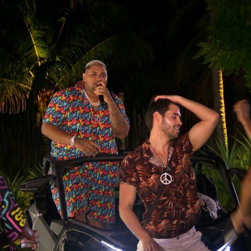 Kevin O Chris invade o De Férias com o Ex Brasil