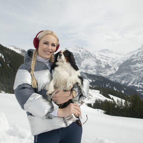 Lindsey Vonn e sua cachorra Lucy apresentam a série The Pack