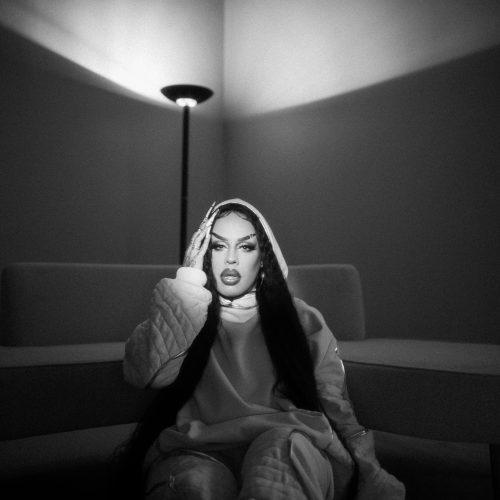 "Gloria Groove inicia era R&B com ""A Tua Voz"""