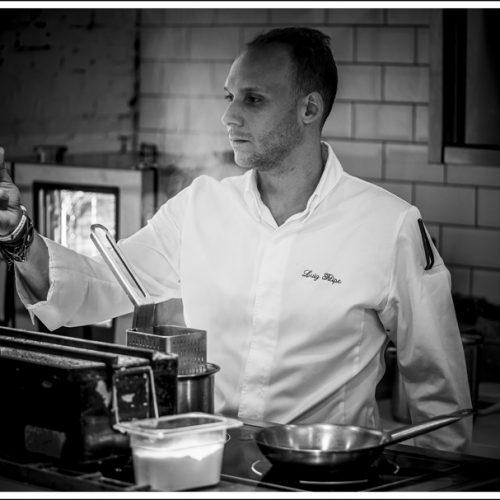 Chef Luiz Filipe Souza, do estrelado Evvai, lança curso online