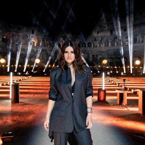 Laura Pausini lança novo single
