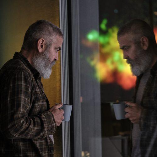 """Confira o trailer """"O Céu da Meia-Noite"""" com George Clooney"""