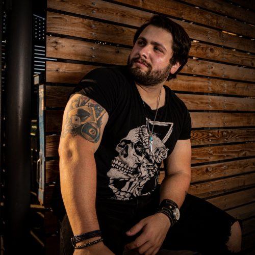 Richard Martin vem para o Brasil para gravações e lançamentos